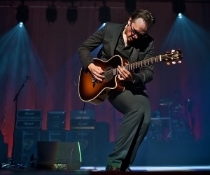 Joe Bonamassa in Poland by Marek Hofman